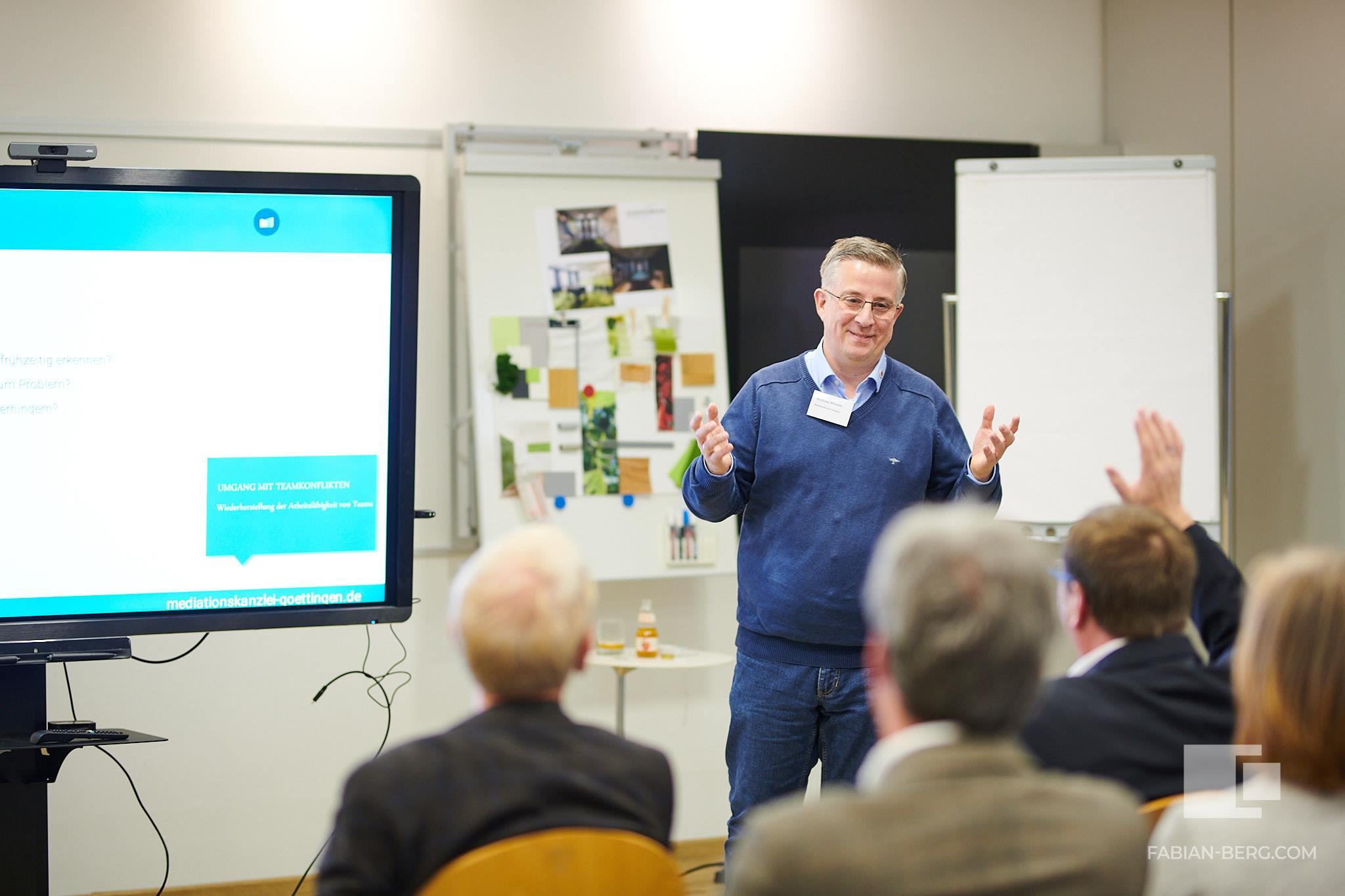 Mediationskanzlei Göttingen rührt regelmäßig die Werbetrommel für Mediaiton und Konfliktmanagement